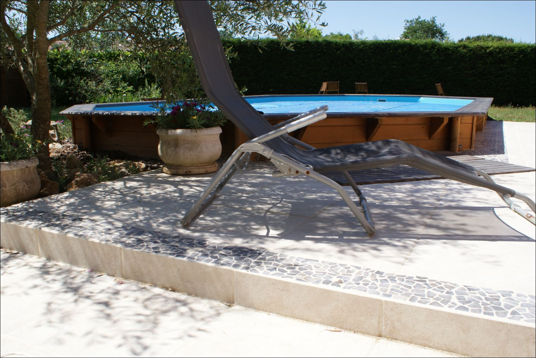 Installation piscine bois cerland moor a solt ra 4 90 x 8 40 for Installation piscine